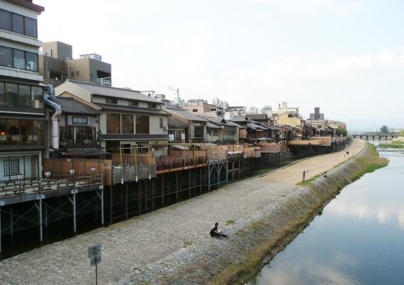京都 鴨川 川床