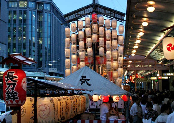 京都 祇園祭 雨