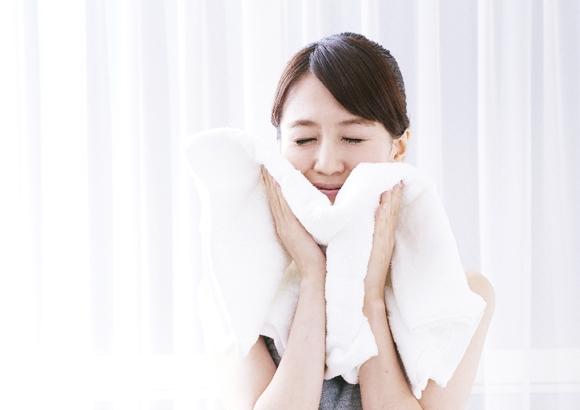 朝 洗顔 方法